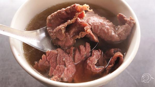 來台南一定要吃的美味牛肉湯 一次就來個四家評比吧-阿村第二代牛肉湯、永樂牛肉湯、文章牛肉湯、圓環牛肉湯@台南