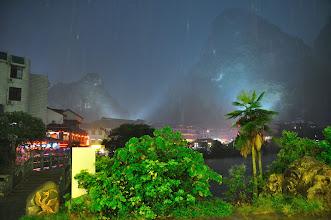 Photo: 西街突然下起大雨