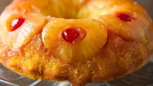 Easy Pineapple Upside- Down Bundt Cake Recipe