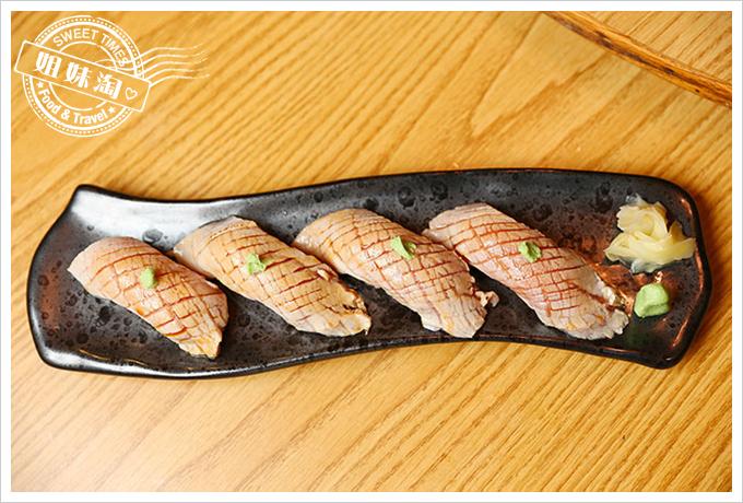 大手町日本料理炙燒黑鮪魚腹握壽司