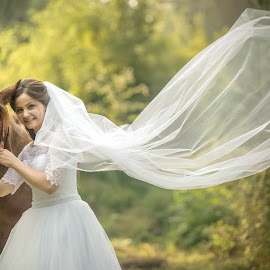 The bride by Vasiliu Leonard - Wedding Bride ( fotograf nunta iasi, wedding, bride, vasiliu leonard, nunta )