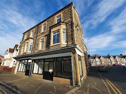 Newport - Shop
