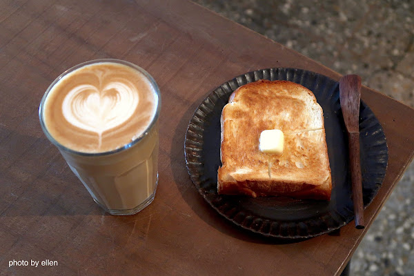 楽珈 Coffee Roaster 台中烏日 自家烘焙咖啡 手作麵包