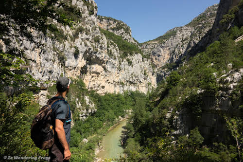 Provence Itinerary 5 Days: Luberon Villages, Lavender Fields, and Verdon Gorge // Hiking in the Verdon Gorge