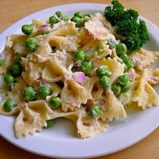 Tuna Pasta Salad With Peas.