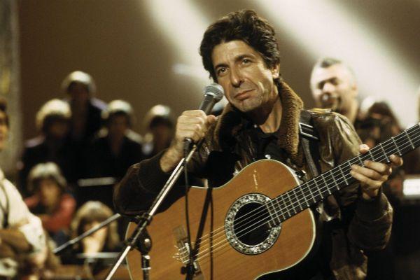 Leonard Cohen, el poeta del dolor y el placer