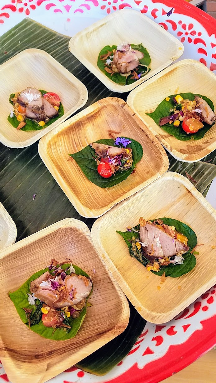 My Highlights of Feast 2017 - Scenes from Grand Tasting, Seared Pork Coppa, Seasonal Fruit and Papaya Salad from Chef Earl Ninsom of Portland's Hat Yai, Langbaan and PaaDee at Feast Grand Tasting Williams Sonoma and Finex stand