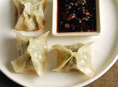 Chicken Wontons With Hoisin Peanut Dipping Sauce Recipe