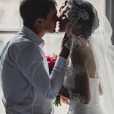 Wedding photographer Oksana Pogrebnaya (Oxana77). Photo of 06.05.2015
