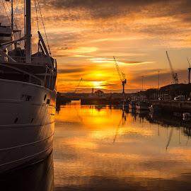 by Jorge Silva - Transportation Boats