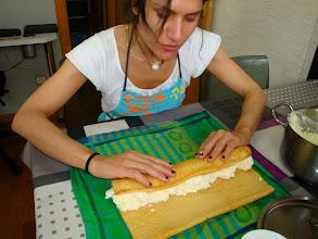 Photo: Bea rellenando su brazo de gitano