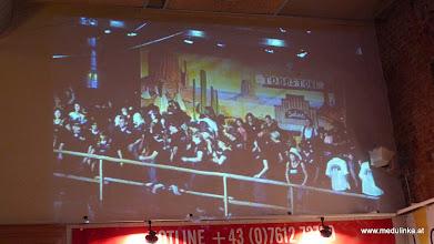 Photo: eine Videowall beim Countryfest der Nashville im ALFA Steyrermühl - klasse, so sahen alle was auf der bühne passiert - jetzt noch für die linedancer, nachher für die showeinlage