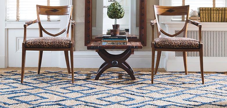 Jute blue patterned rug.