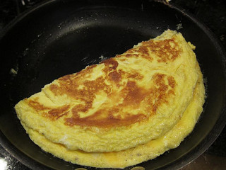 4-egg-omelette-using-Rock-Island-Fertile-Eggs-by-Neeta-Lind-Flickr.jpg