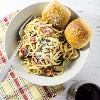 One Pot Pasta with Tomatoes & Spinach