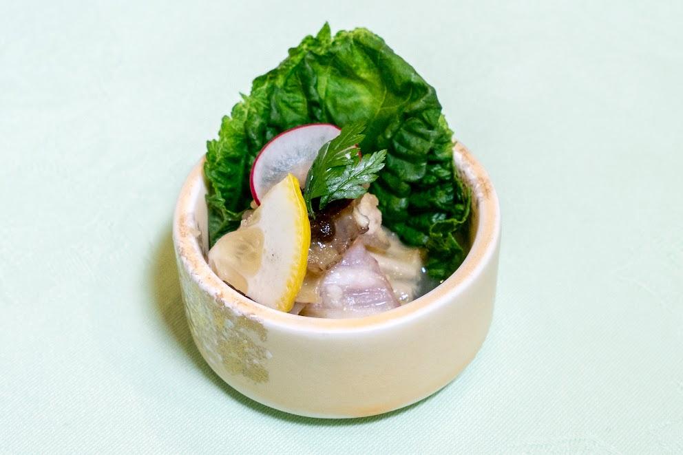 1.先付け:かすべのヌタ和え(酢味噌和え)