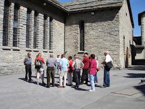 Photo: Besaammlungsplatz für die Dorfbesichtigung
