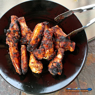 Grilled Cajun Chicken Wings With White BBQ Sauce