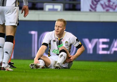 """Encore un défenseur touché à Charleroi: """"On n'avait pas besoin de ça"""""""
