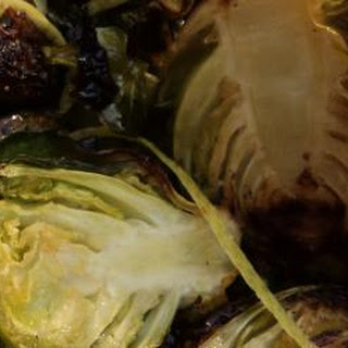 Roasted Brussels Sprouts with Garlic and Lemon