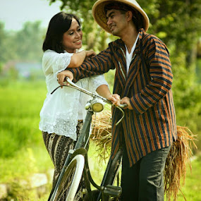 by Agung Wicaksono - People Couples ( farm, wedding, couple, people )