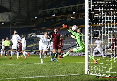 🎥 Premier League : l'auto-goal gag de West Bromwich face à Leeds !
