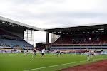 Officieel: Aston Villa trekt portefeuille open voor nieuwe rechtsback
