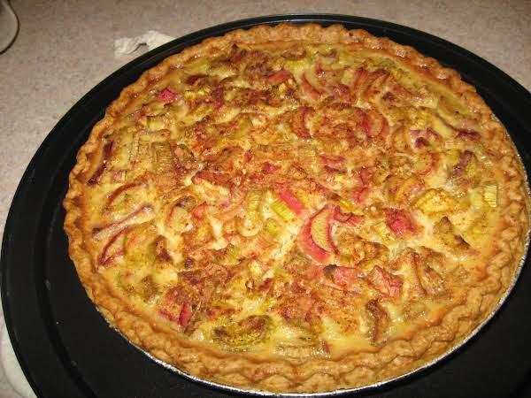 Creamed Rhubarb Pie
