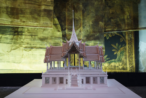 The Front Palace: Wang Na - Google Arts & Culture