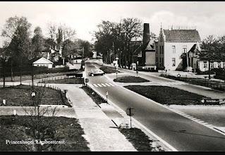 Photo: 1960 Kruising Liesboslaan.. .met rechts Princeville en de Molen