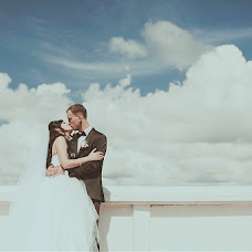 Wedding photographer Roman Gloss (rgloss). Photo of 04.09.2013