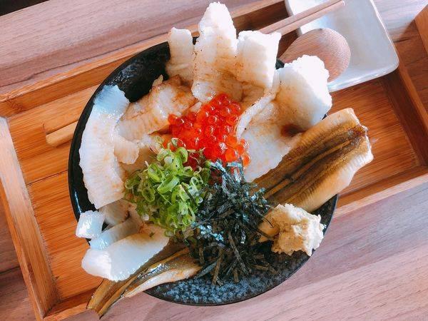 壽司爸✿人氣排隊店~CP值很高的日式丼飯 ! 食材超級新鮮價位又親切兒