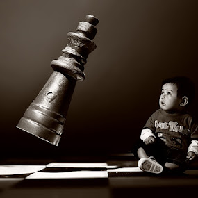 ? by Harris Rinaldi - Digital Art People ( chess child why )
