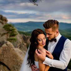 Wedding photographer Andrіy Opir (bigfan). Photo of 21.04.2018