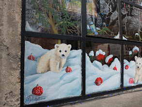 Photo: Kelly loved the polar bear window treatment