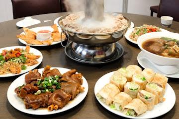 劉家酸白菜火鍋屏東店