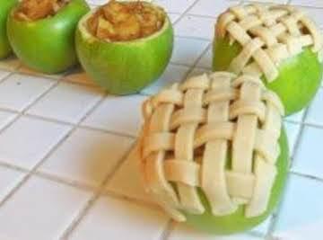 Apple Pie Baked in the Apple.