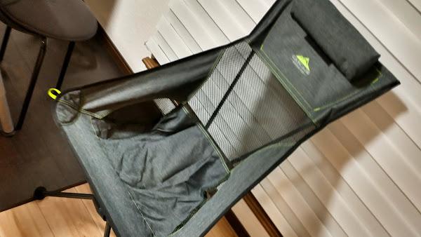 ポキオ カスケード Cascade Mountain Tech Compact High Back Aluminum Chair