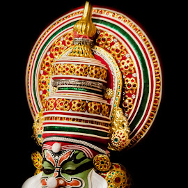 The Face Of The Chronicler-6 by Vijayanand Kandasamy - People Musicians & Entertainers ( face, dance form, kathakali dancer, traditional dance, kerala, painted faces, colours, face colours, colour, kerala traditional dance, tradition, kathakali dance, dance, dancer, kathakali )