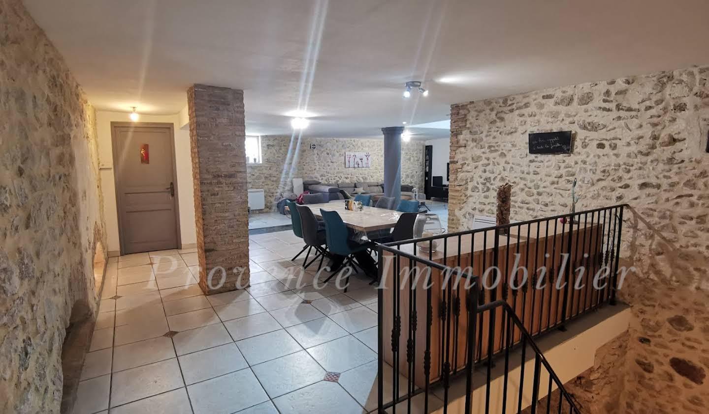 Maison avec piscine et terrasse Montboucher-sur-Jabron