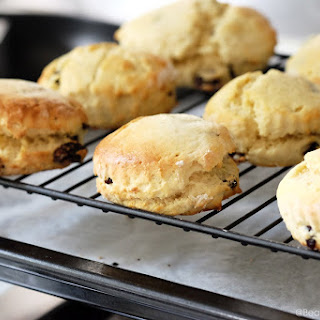 Easy Baked Tea Time Scones