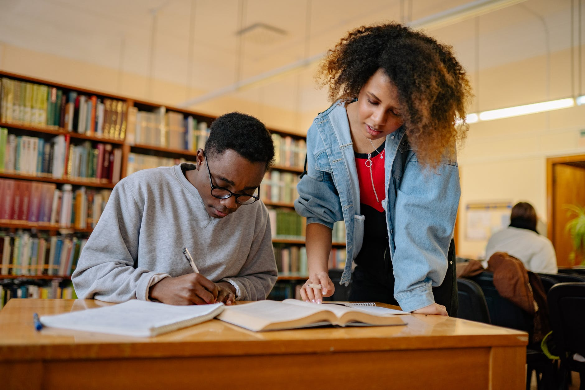 Learn How to Find the Best Business Schools 2