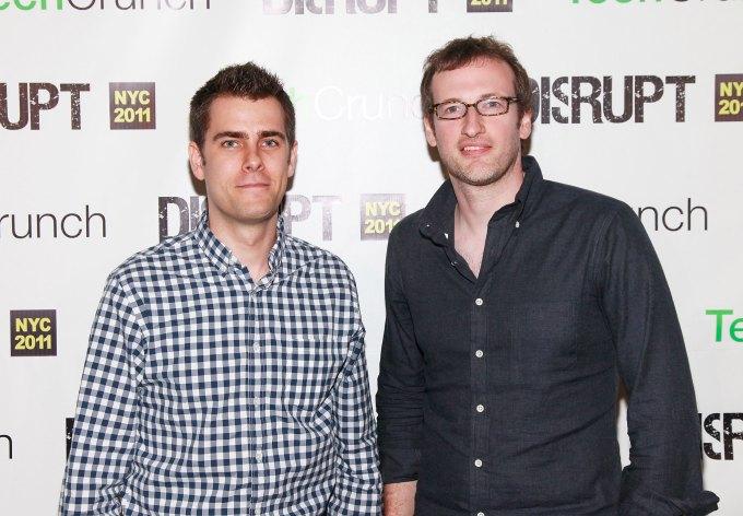 Создатели CryptoPunks Мэтт Холл и Джон Уоткинсон.