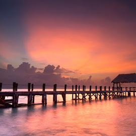 Daybreak by Ken Smith - Buildings & Architecture Bridges & Suspended Structures ( sunrise, pier, landscape, playa del carman )