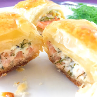 How To Make Croissant With Smoked Salmon And Cream Cheese