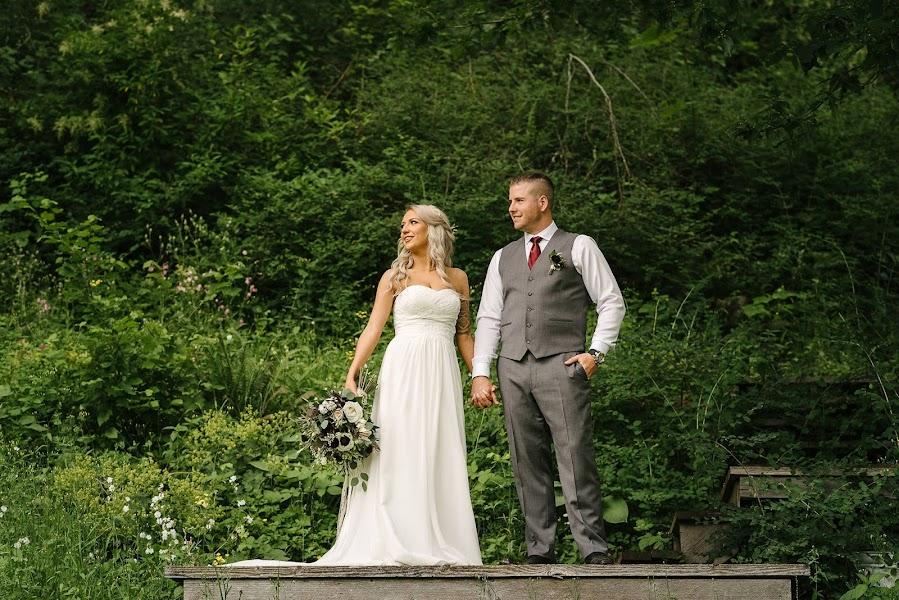 Wedding photographer Leanne Sim (LeanneSim). Photo of 09.05.2019