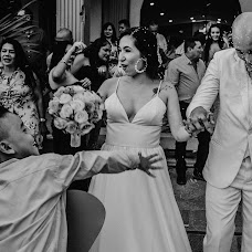 Wedding photographer Harvin Lewis (harvinlewis). Photo of 25.07.2018