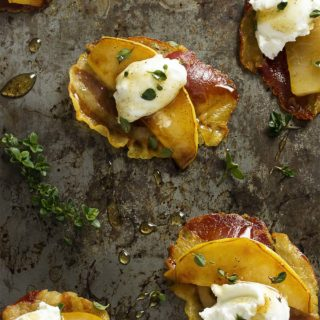 Pear, Goat Cheese, and Pancetta Crisps Appetizer