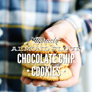 """""""Miracle"""" Almond Flour Chocolate Chip Cookies."""