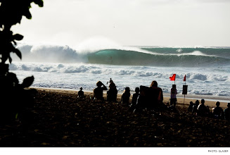 Photo: Photo of the Day: Pipeline, Hawaii. Photo: Glaser #Surfer #SurferPhotos